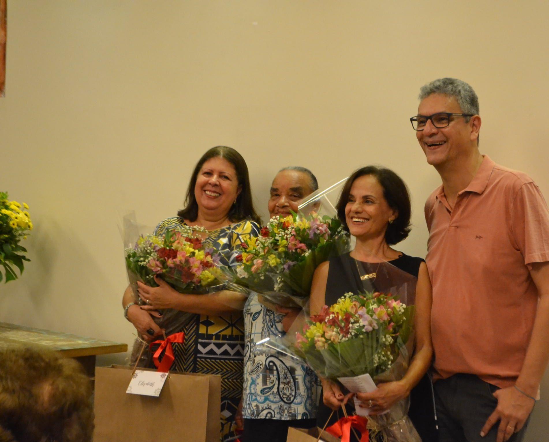 Prix reúne colaboradores e ex-colaboradores em uma noite de homenagens