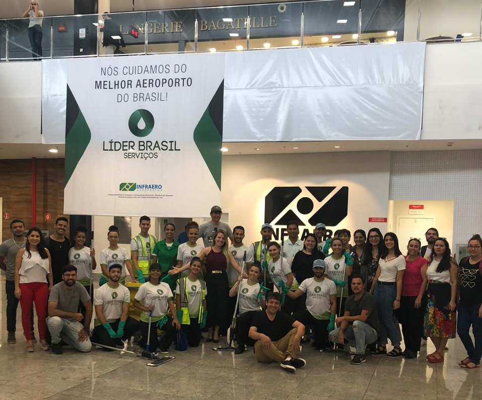 O 1º Flash MOB do Novo Aeroporto de Vitória tem a marca Prisma!